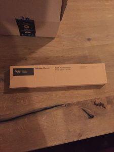 Die Verpackung des WIDDER Kochmessers, in der es angeliefert wird.
